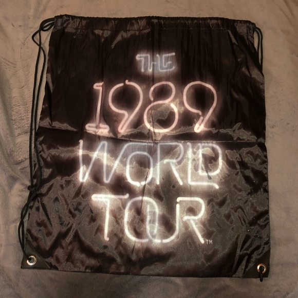 Taylor Swift Handbags - 1989 Tour Taylor Swift sinch sack